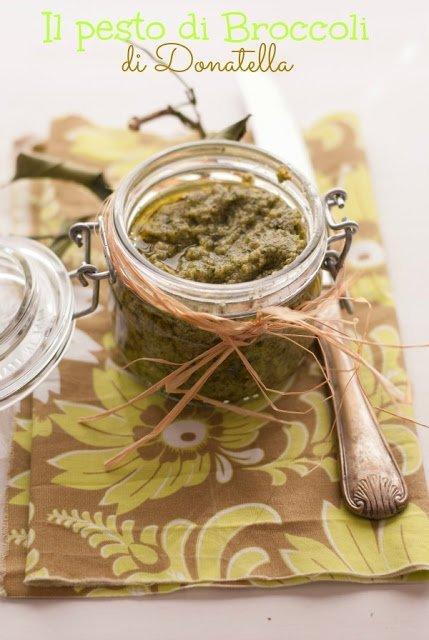 Garganelli allo zafferano e salsiccia con pesto di broccoli