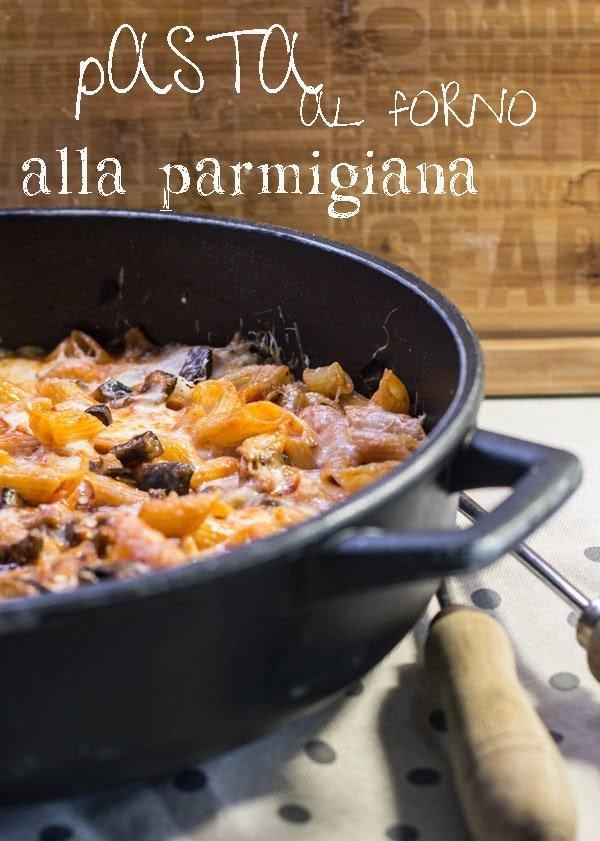 Pasta al forno... alla parmigiana, filante...