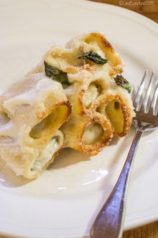 paccheri gratinati asparagi e guanciale la barchetta di carta di zucchero food blog ricetta tradizione