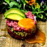 Tartare di carne al coltello all'avocado, #taste&more