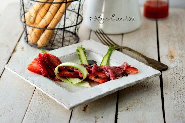 carpaccio fragole e asparagi-0121