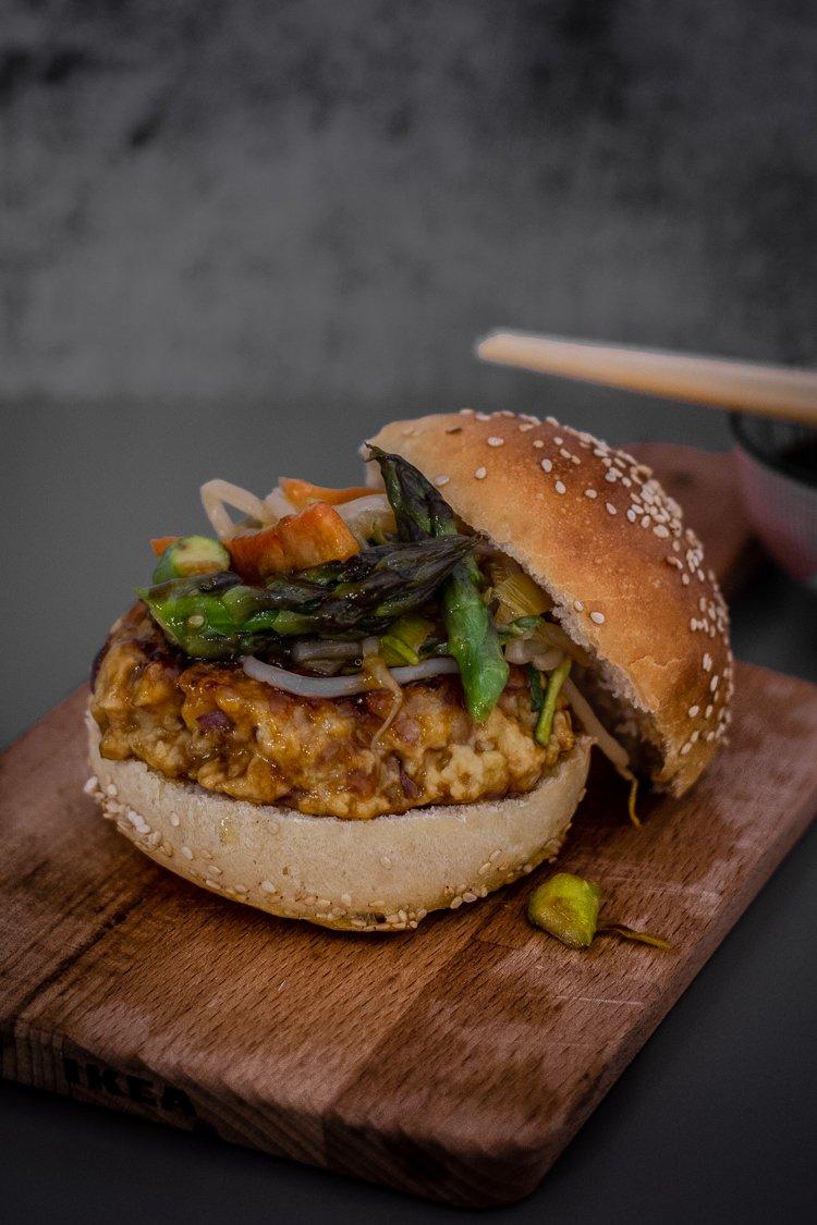 Tsukune burger